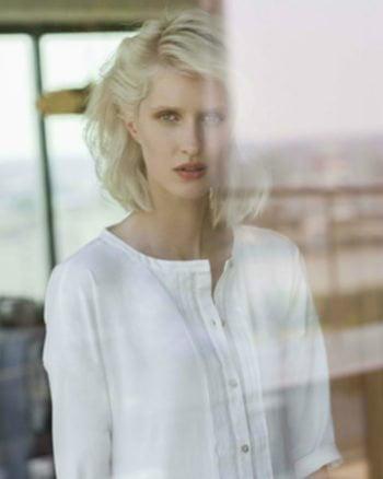 Elvina è la camicia da donna della linea Pluto Lingerie