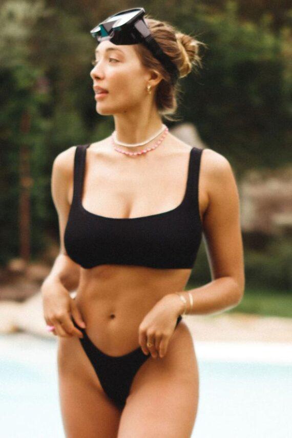 Reina Olga Bikini Ginny Boobs top e brasiliana nero